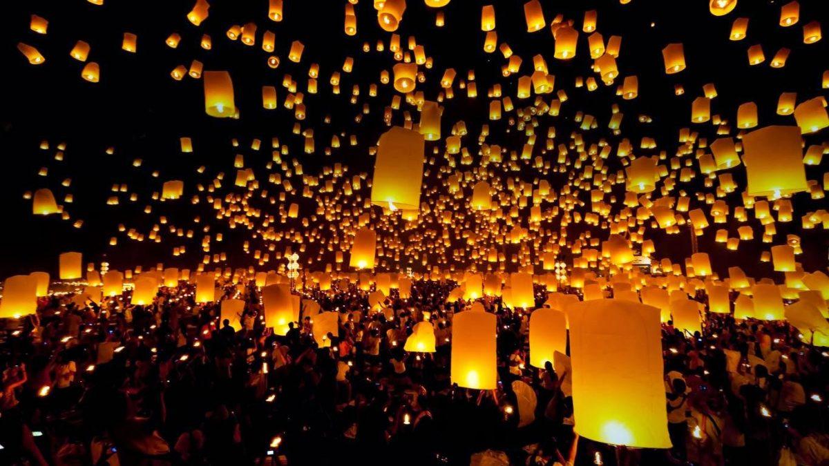 Festival de globos de cantolla eco-friendly en Teotihuacán