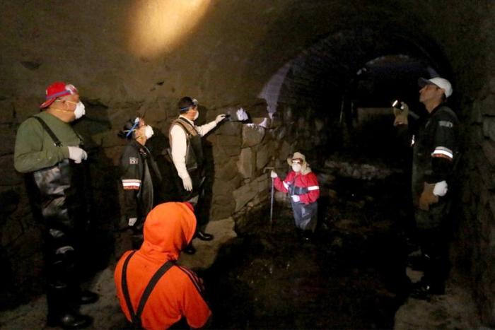Seguirá cerrada Plaza Toluca por fisura en bóveda del Verdiguel