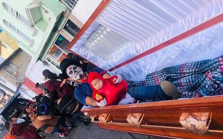 Desfilarán carrozas, catrinas y ataúdes en las calles del centro de Toluca