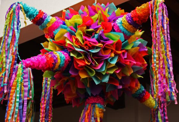 Feria de la esfera y la piñata