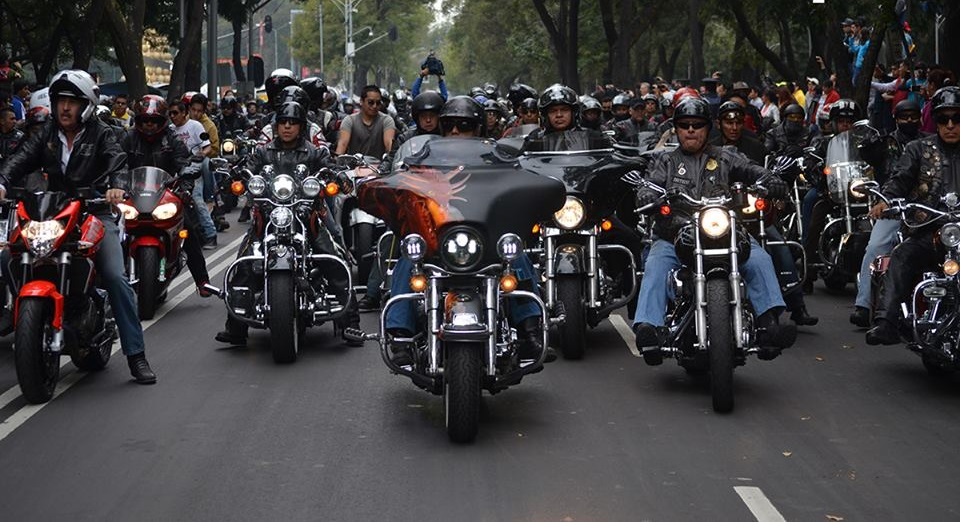 Rodada masiva de motocicletas en Toluca