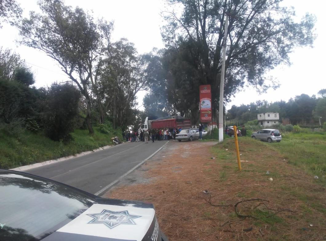 Cerrada carretera Toluca-Tenancingo