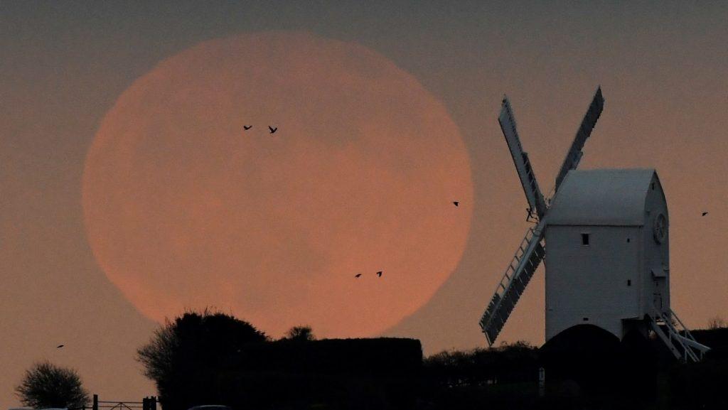 Luna-del-Lobo-y-eclipse-primeros-sucesos-astronómicos-del-2020