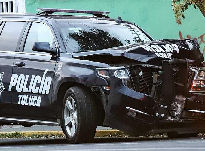 policia de toluca choca