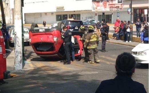 Se registra fuerte accidente en calles de Toluca