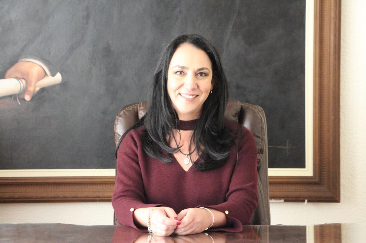 Aíslan a alcaldesa de Metepec, Gabriela Gamboa, por síntomas de Covid-19
