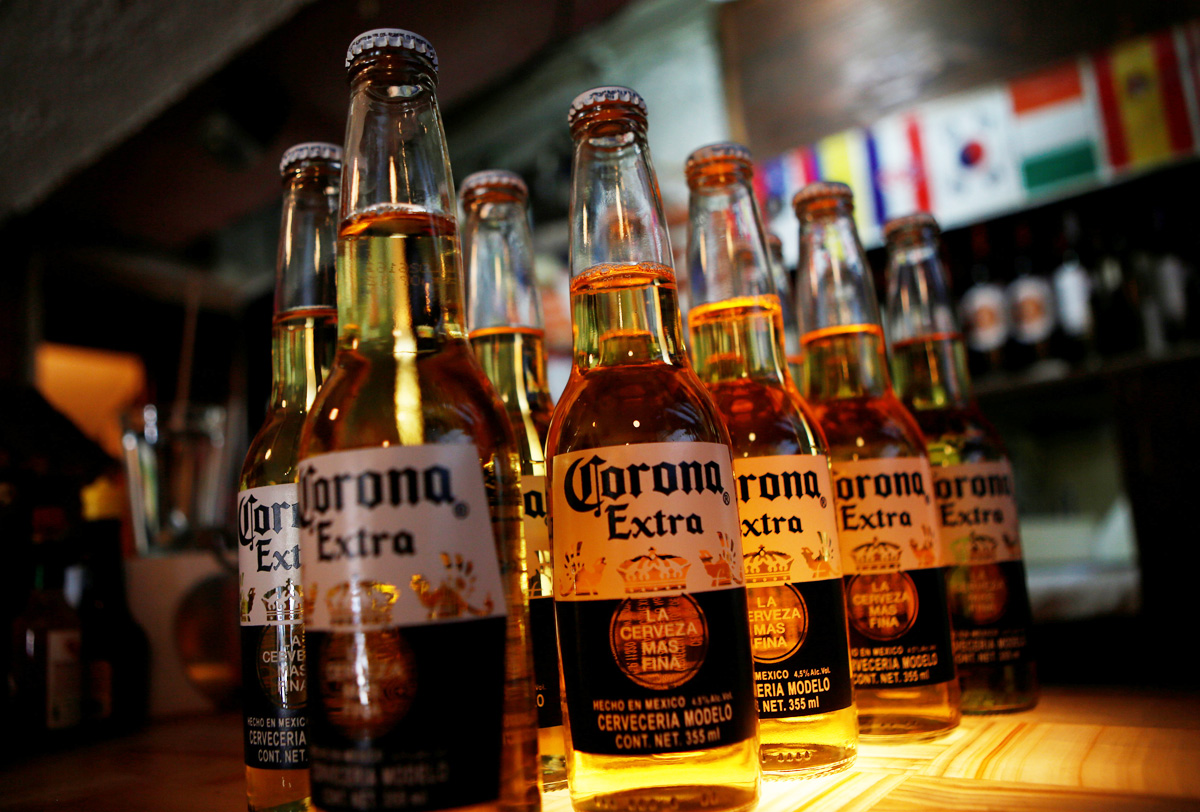 Por consulta de AMLO, Constellation Brands podría quitar inversión en México
