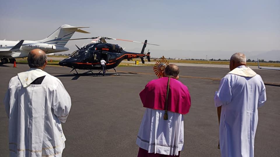 Fotogalería || Así fue el recorrido del Arzobispo de Toluca en helicóptero