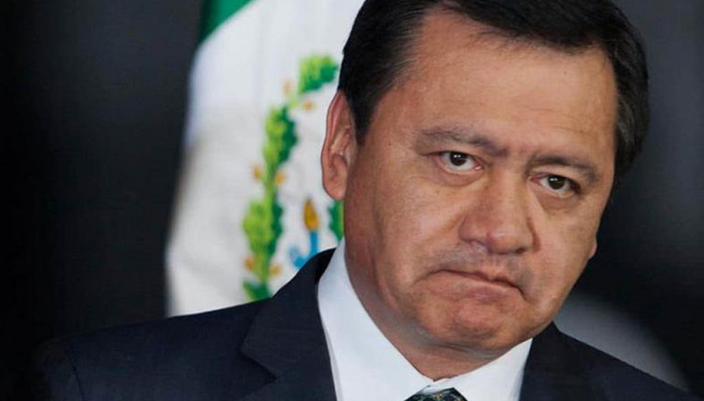 Osorio Chong da positivo a coronavirus