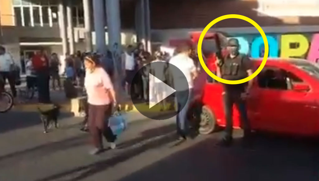 VIDEO|| Presuntos miembros del CJNG reparten despensas en Jalisco