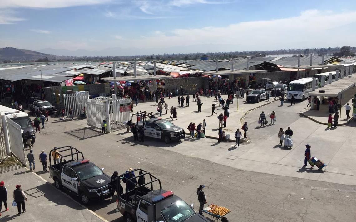 Toluca realiza operativo en mercado Palmillas por Covid-19