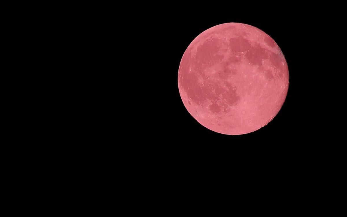 ¿Cuándo se podrá observar la superluna rosa de abril?