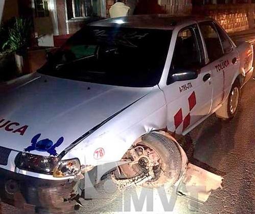 Taxista atropella a motociclista y este lo asesina en San Pablo Autopan