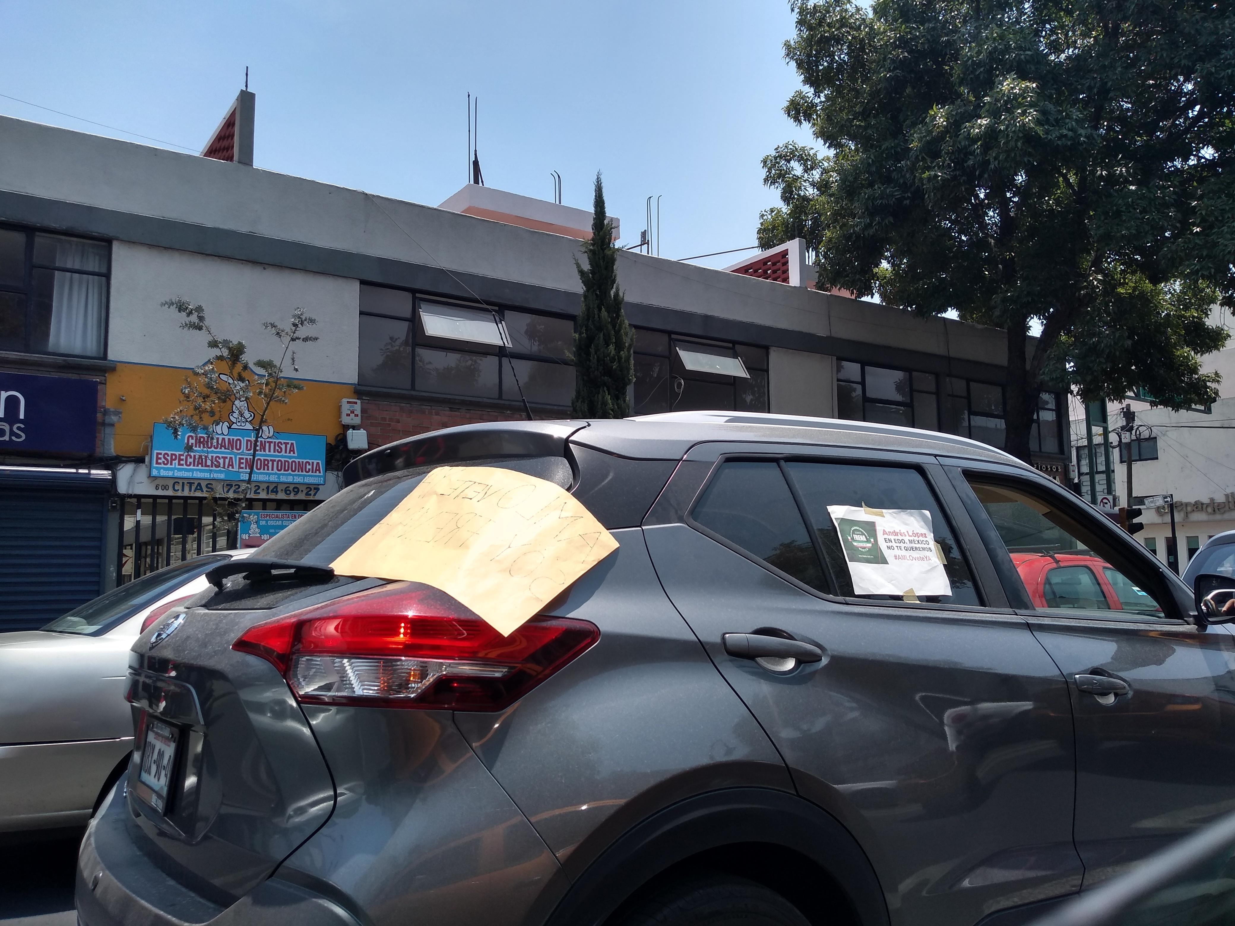 Protestan contra AMLO en Toluca