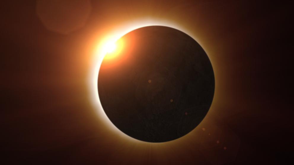 (VIDEO) Impresionante eclipse solar en vista de 360°