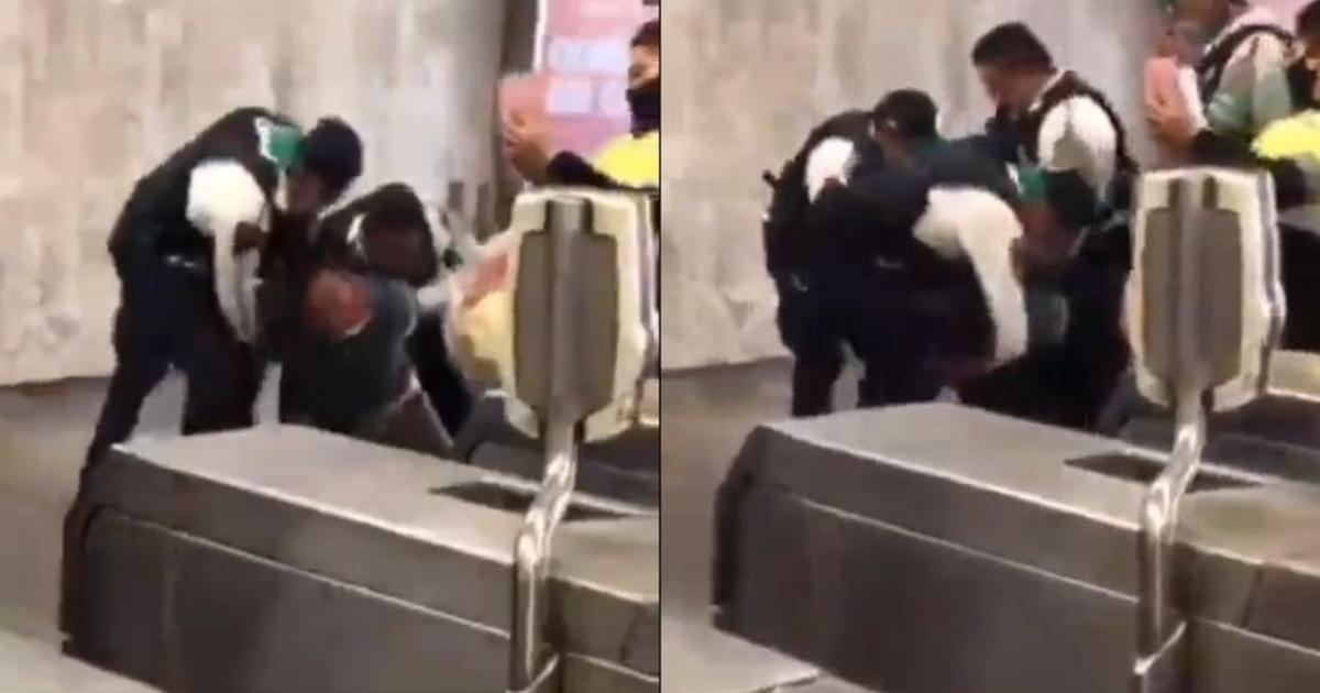 (VIDEO) Policías someten a usuario del metro por negarse a usar cubrebocas
