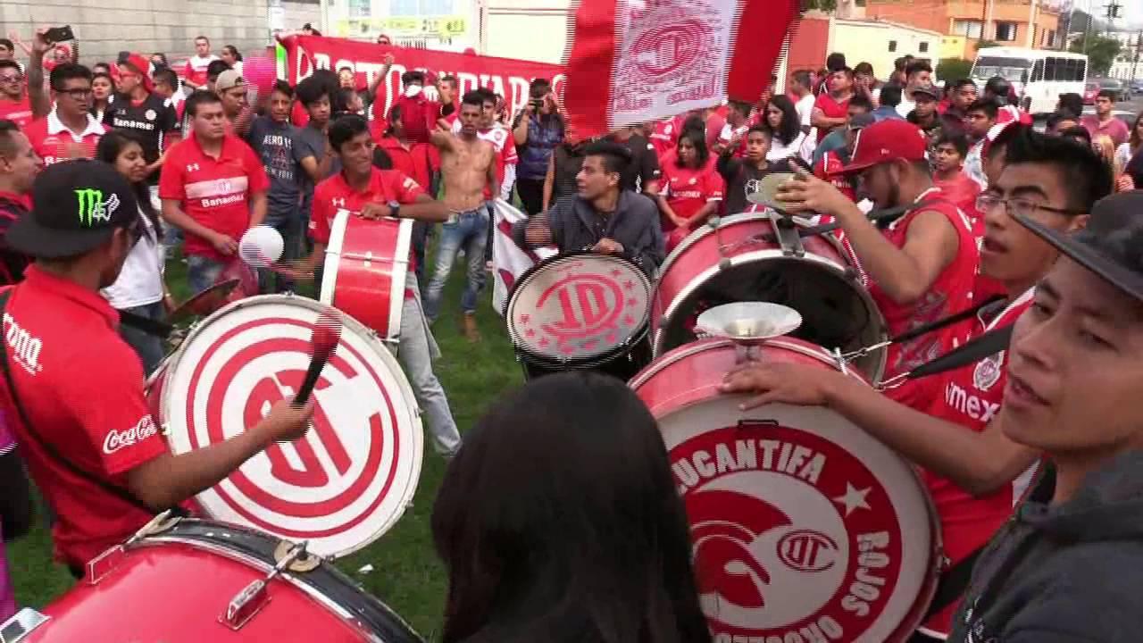 Afición del Toluca une esfuerzos para apoyar a personal médico