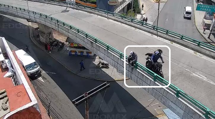(Video) Autoridades frustran intento de suicidio en EdoMéx