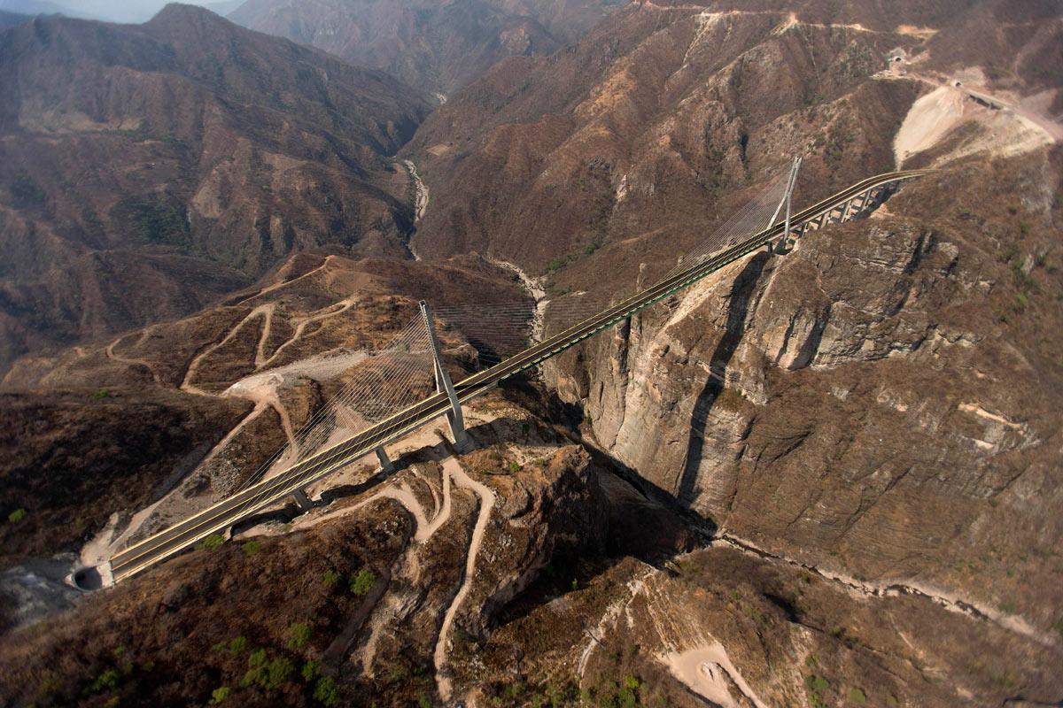 El-Espinazo-del-Diablo-Una-carretera-increíble