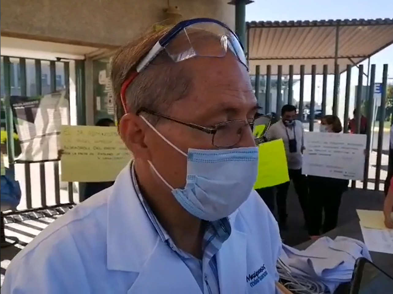 VIDEO || Protestan por insumos incompletos en Hospital Adolfo López Mateos, Toluca