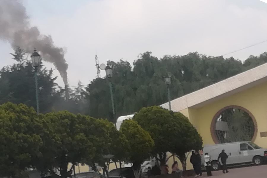 Vecinos denuncian contaminación y olores fétidos provenientes del crematorio ISSSTE-Toluca