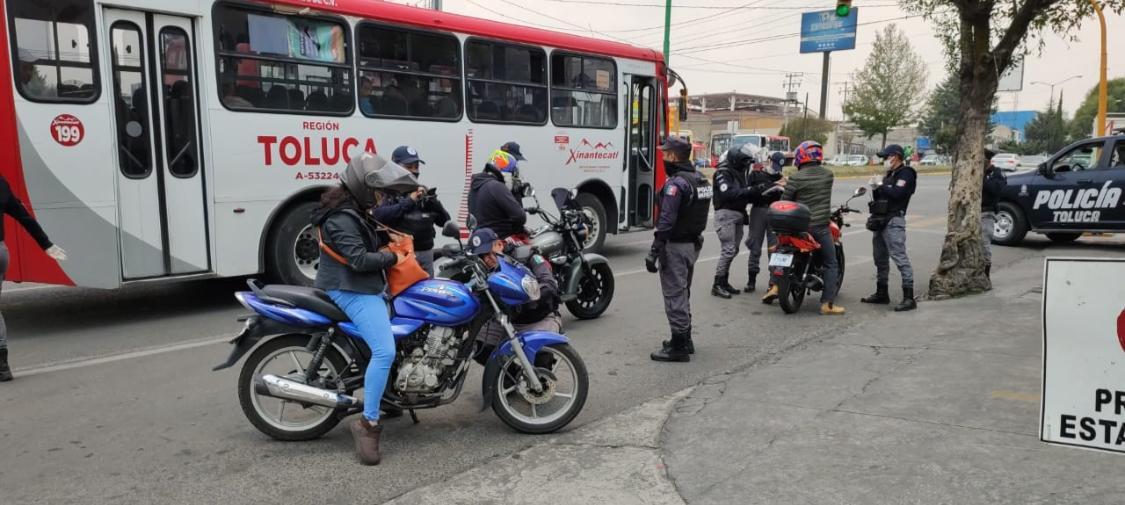 Remiten más de 100 motocicletas al corralón