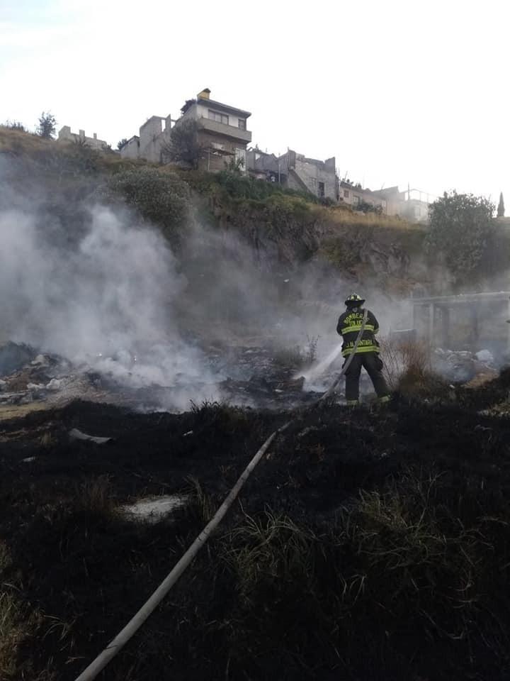 Labores que no se detienen: Bomberos atienden 49 incendios en un mes