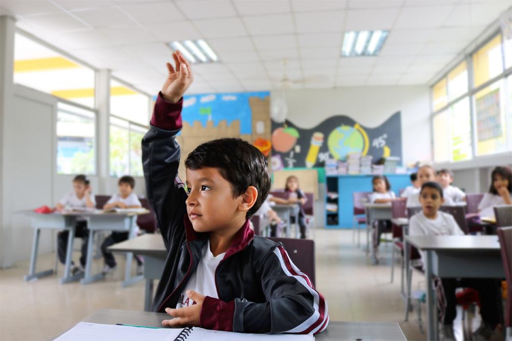 Becas primaria y secundaira La Secretaría de Educación Pública dio a conocer las fechas para la entrega de boletas certificadas, así como el inicio de inscripciones.