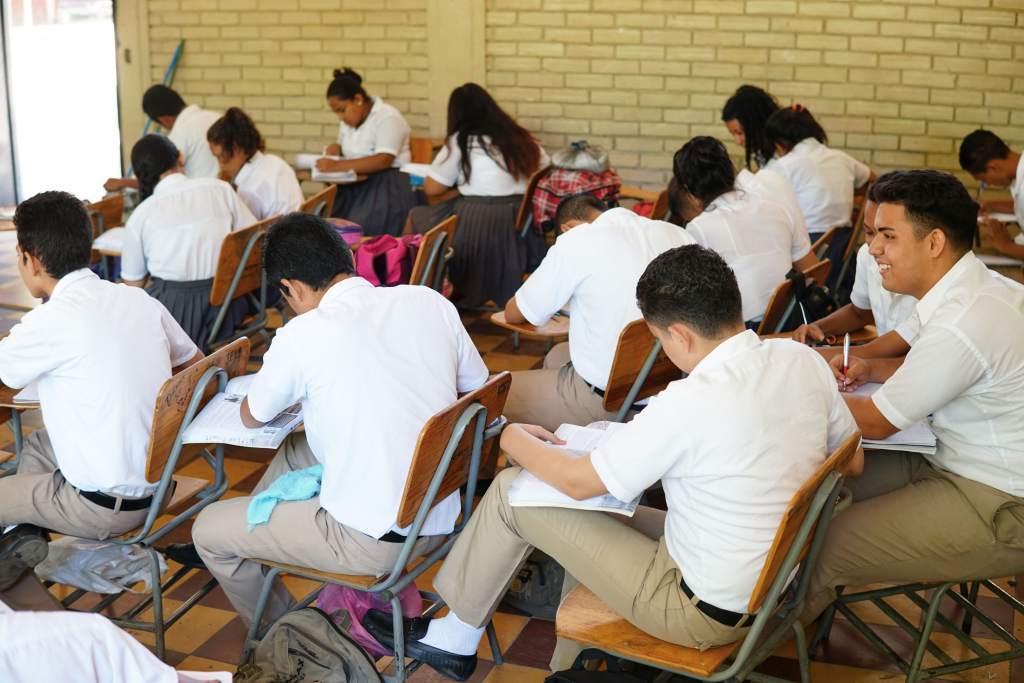 reprueban-alumnos-por-no-tener-internet-nuevo-leon2