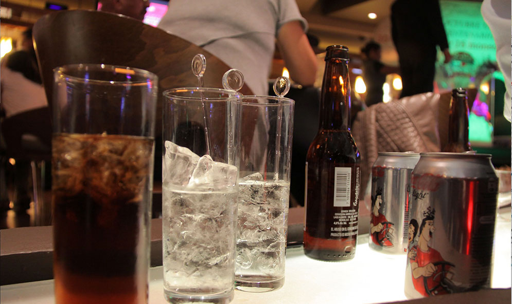 Restauranteros piden se les permita vender bebidas alcohólicas a domicilio en Edomex