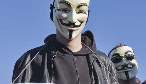 usuarios-revelan-informacion-de-anonymous-y-el-vaticano2