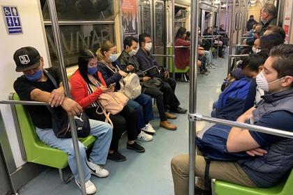 viajar-silencio-medida-evitar-contagios-covid-19-metro