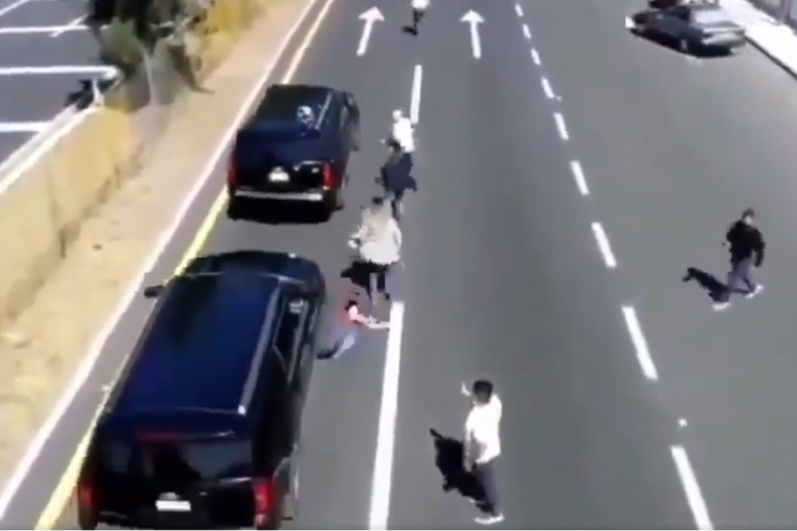 video-camioneta-que-escolta-a-amlo-arrolla-a-hombre-en-tlaxcala