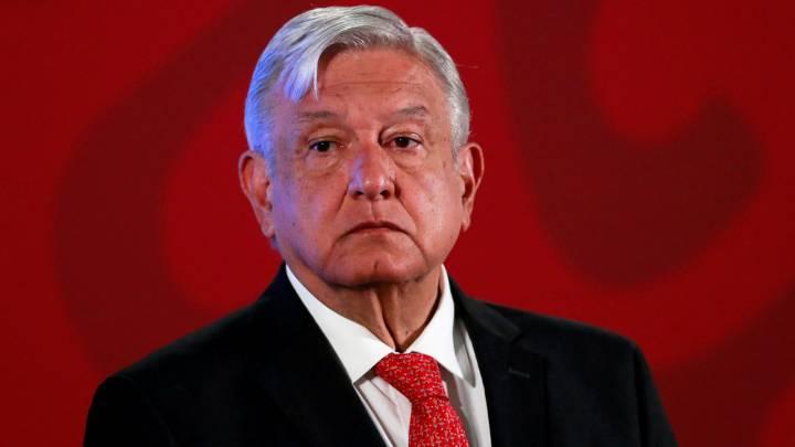Como parte de las medidas del plan de austeridad, el presidente de México, Andrés Manuel López Obrador (AMLO) y funcionarios públicos anunciaron que donará el 25% de su sueldo.