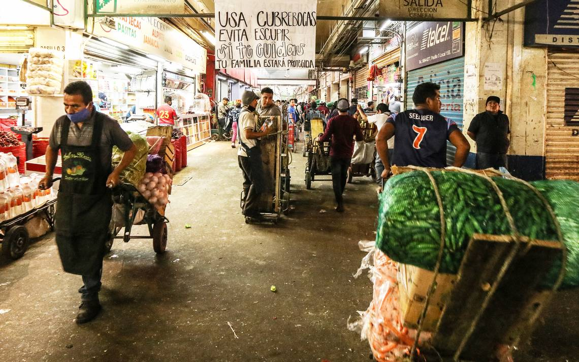 Sin medidas de higiene opera la Central de Abasto de Toluca
