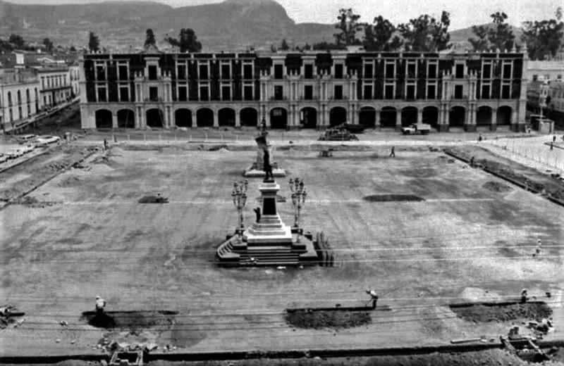 Toluca-la-Bella-Ciudad-de-las-7-plazas