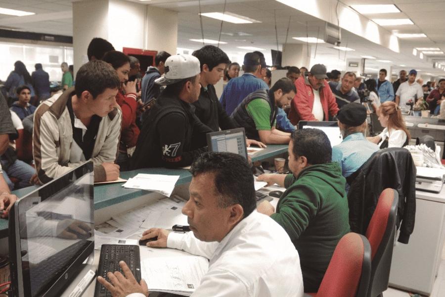 amlo-anuncia-que-trabajadores-estatales-regresan-a-laborar-hasta-octubre