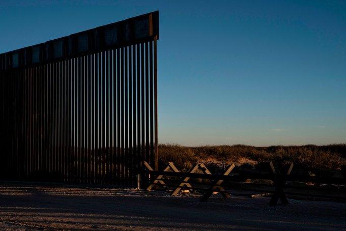 Estados Unidos cuestiona la caída del muro fronterizo