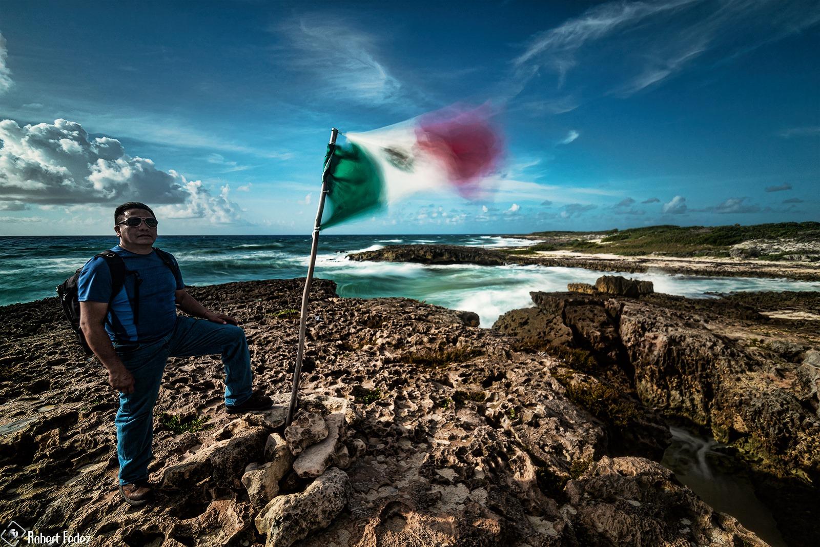 Fotógrafo mexicano logra captar al cometa Neowise en Cancún