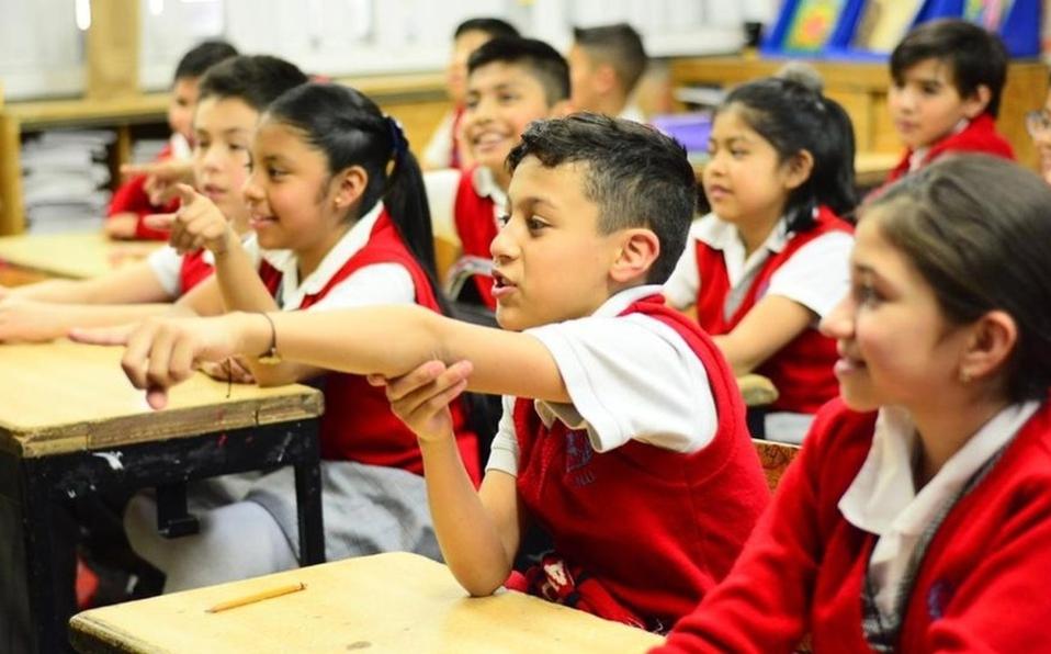 El titular de la Secretaría de Educación Pública (SEP), Esteban Moctezuma, desmintió los rumores sobre del regreso a clases.
