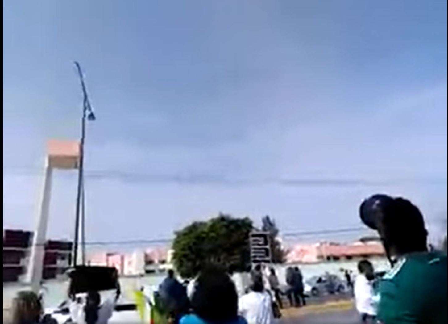 video-ciudadanos-le-gritan-a-amlo-en-guanajuato