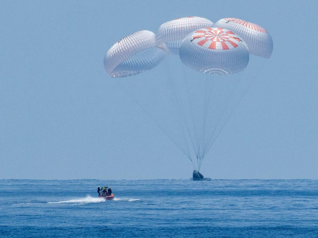 Aterrizaje de astronautas de la NASA en el Golfo de México