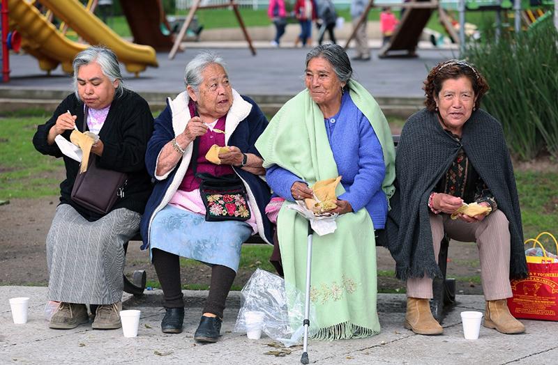 Ofrecen-apoyo-a-adultos-mayores-en-el-Edomex