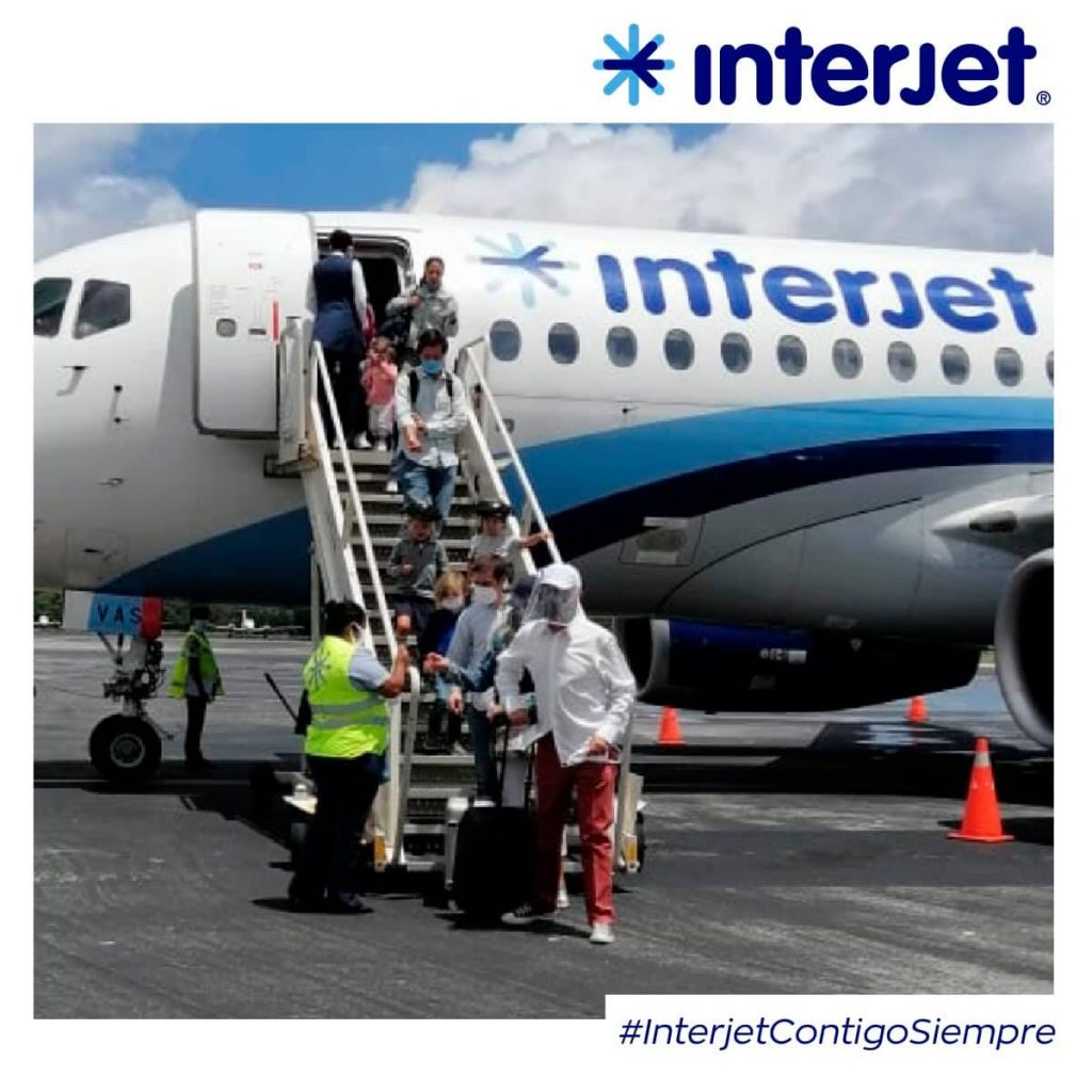 Pasajeros interponen queja contra Interjet