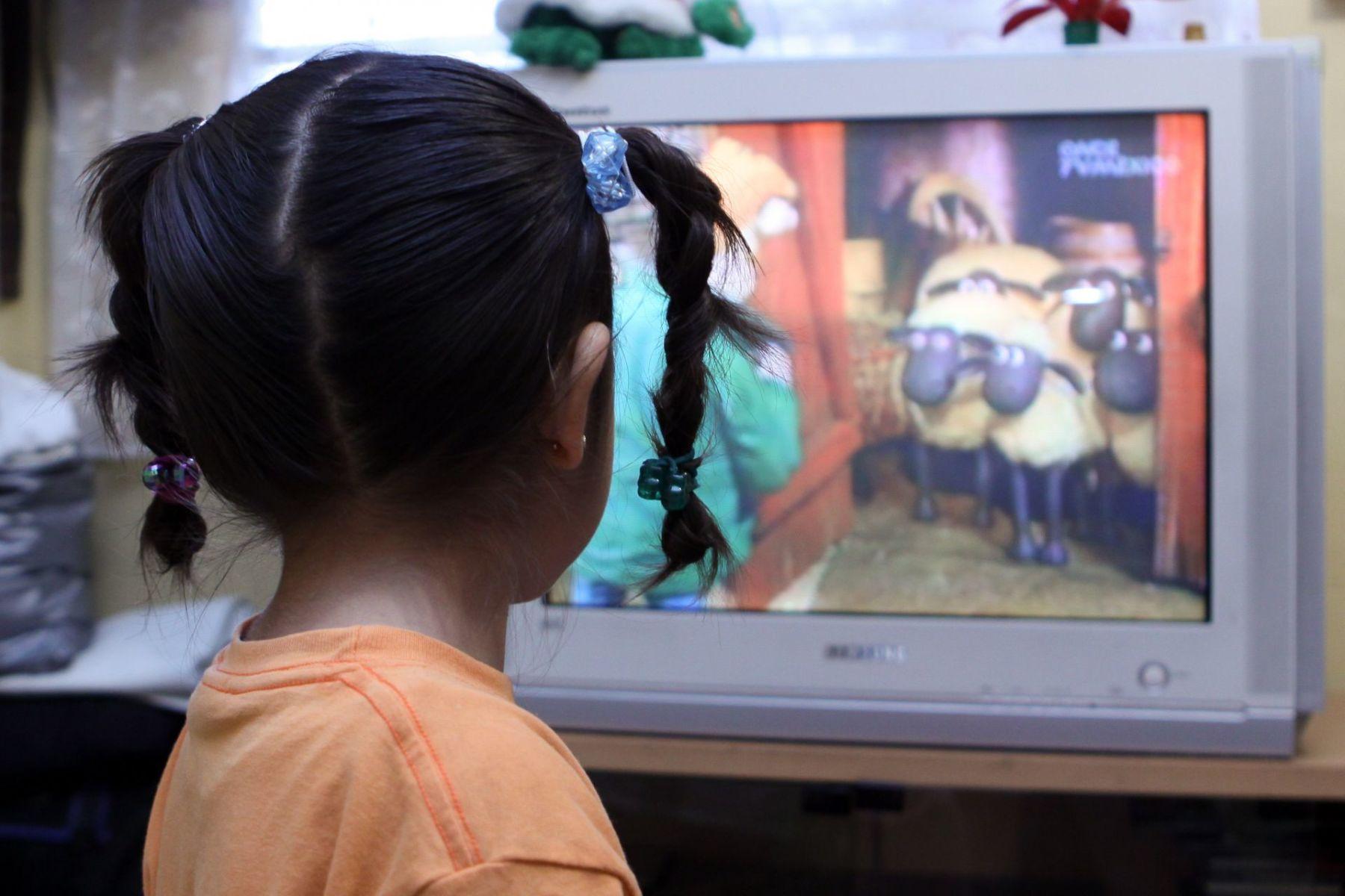Sin TV para clases a distancia miles de familias en el Edomex