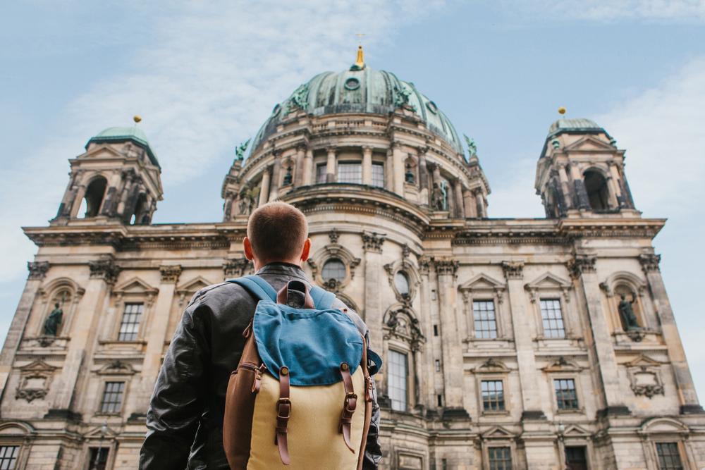 Universidad-alemana-ofrece-beca-de-1900-dolares-por-no-hacer-nada