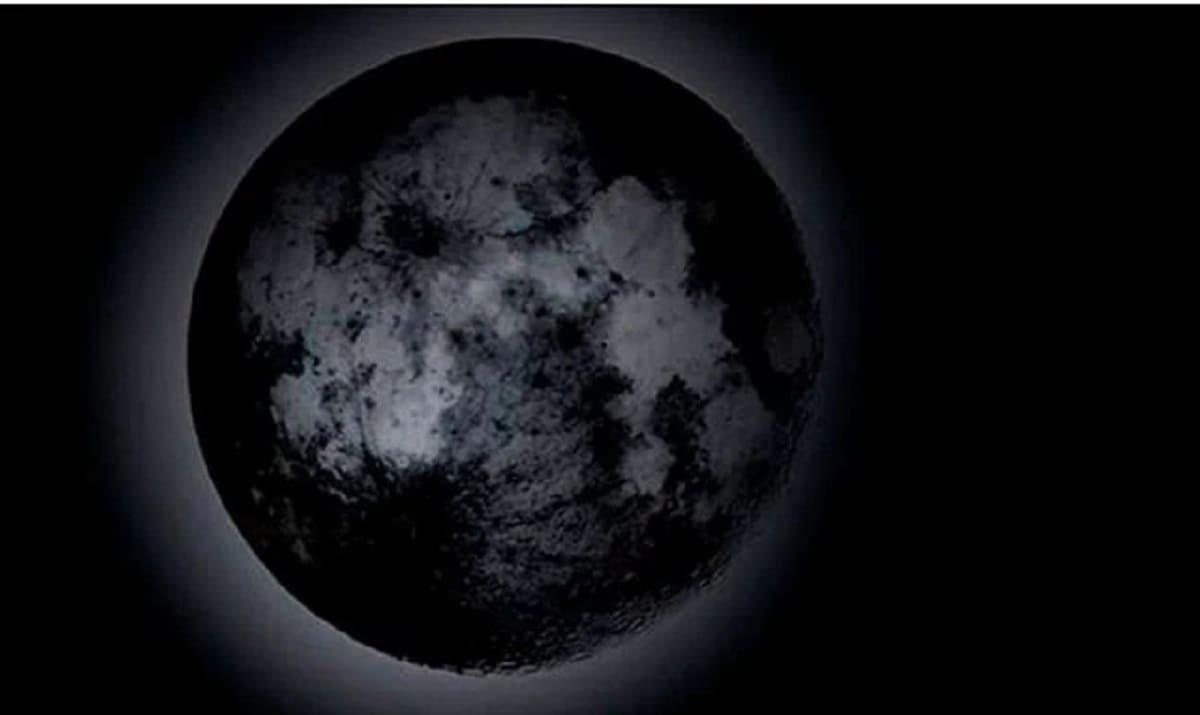 asi-se-vio-la-luna-negra-en-este-20203