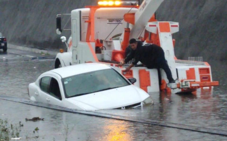 Debido a las fuertes lluvias de los últimos días se han registrado grandes inundaciones en México. Aquí te tenemos las fotos más impactantes.