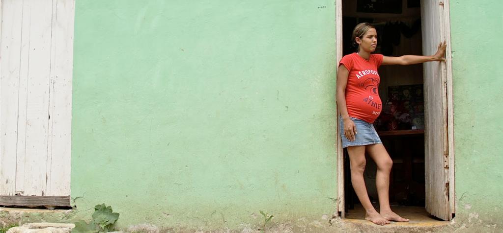 Las mujeres han dejado de acudir a los centros de salud por lo que se esperan al rededor de 36 mil embarazos no deseados entre 2020 y 2021.