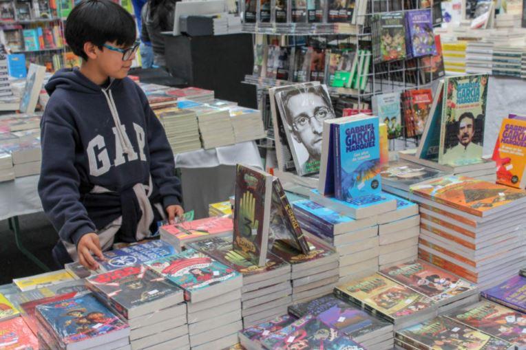 Si-habra-Feria-Internacional-del-Libro-FILEM-en-Toluca